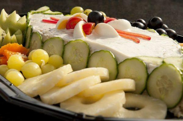 Rundvleessalade met fruit per persoon 1